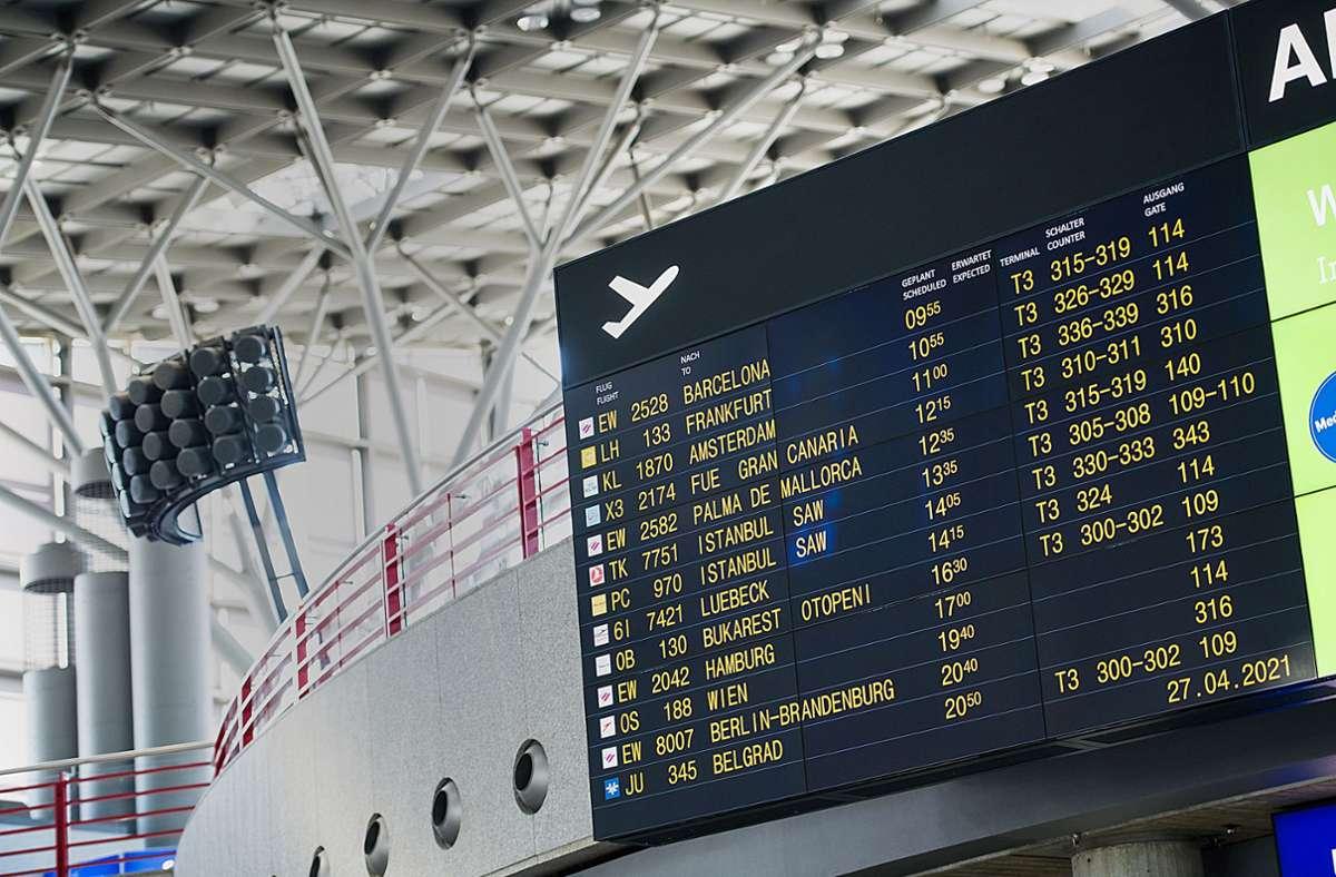 Von Mittwoch an können sich Reisende am Flughafen impfen lassen. Foto: Lg/Max Kovalenko