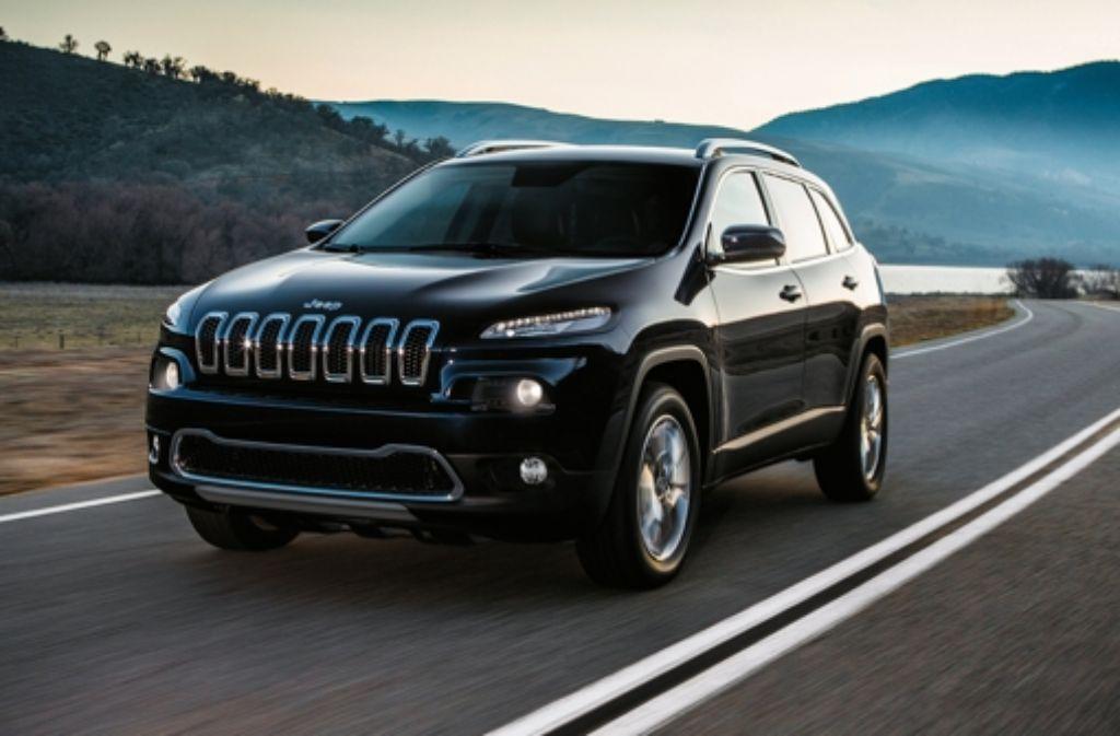 Hacker konnten die Bremsen, Geschwindigkeit, Klimaanlage und Radio des Jeep Cherokee fernsteuern. Foto: Jeep