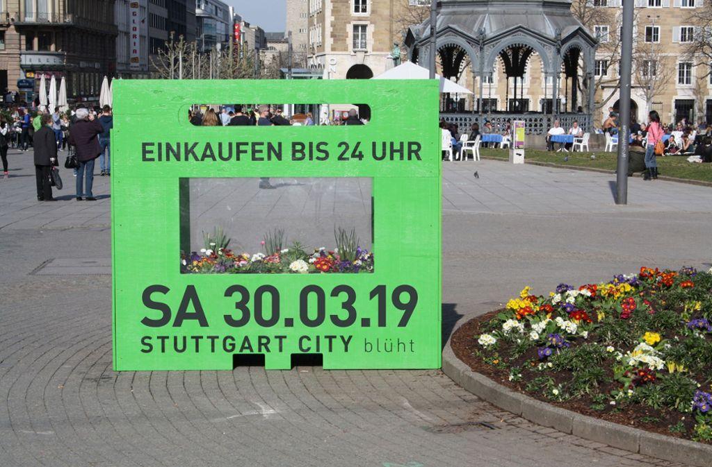 """Das Motto der langen Nacht: """"Stuttgart City blüht."""" Foto: CIS"""