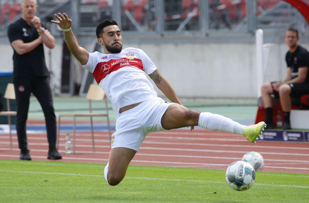 Wie lange streckt sich Nicolas Gonzalez noch für den VfB Stuttgart. Der Argentinier will weg. Foto: Baumann