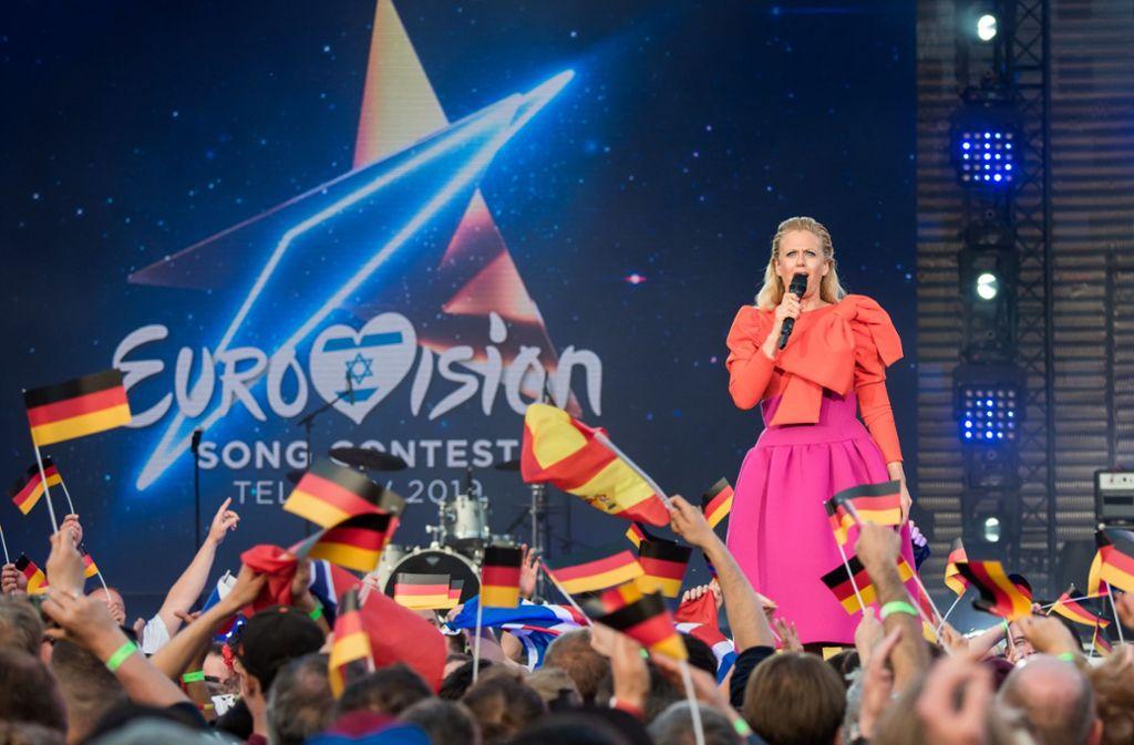 Barbara Schöneberger moderierte in Berlin die Countdown-Show.  Foto: dpa