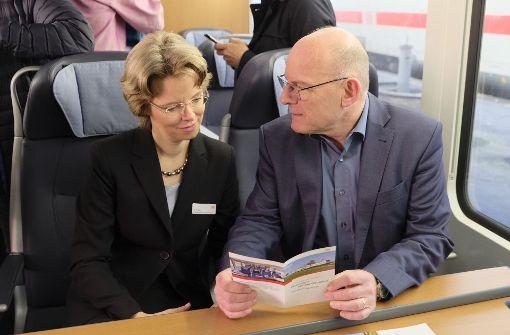 Verkehrsminister Hermann macht Probefahrt