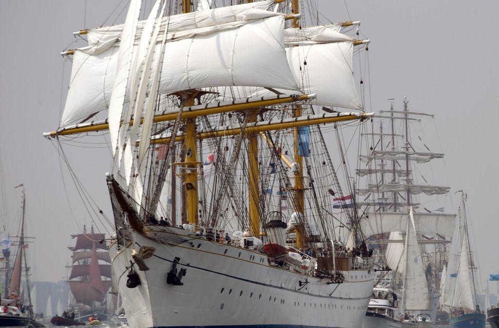 """Der Streit um die Herausgabe des Segelschulschiffes """"Gorch Fock"""" geht in die nächste Runde. Foto: dpa"""