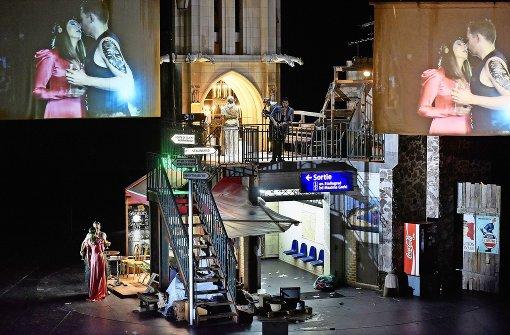 Ganz Paris ist ein Theater