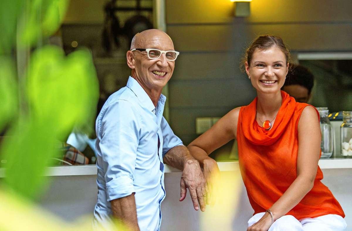 Sie haben gut lachen: Ellen Kuhn und Joachim Materna agieren zurzeit von Barbados aus. Foto: privat