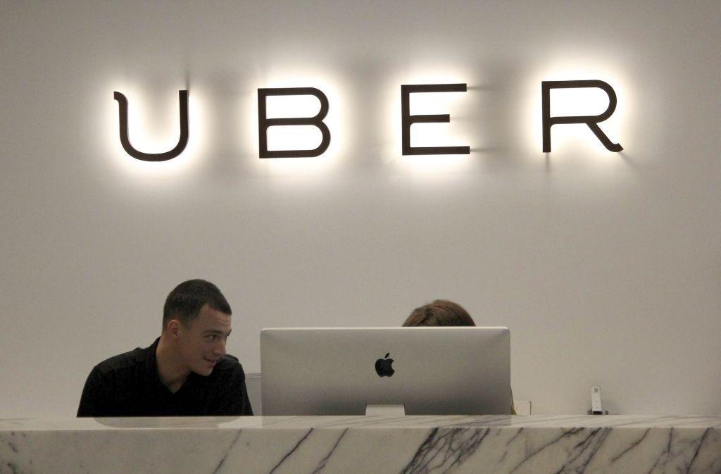 Uber gibt zu, den Diebstahl von Kunden- und Fahrerdaten verheimlicht zu haben. (Symbolbild) Foto: dpa