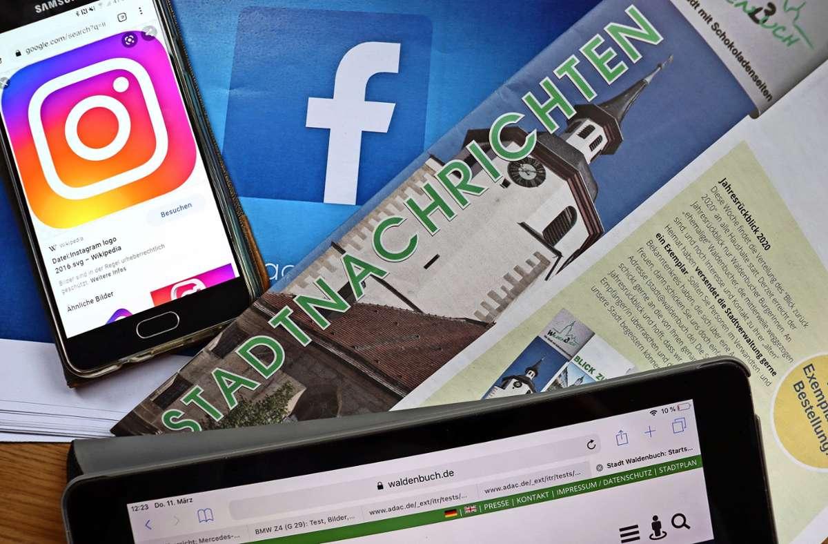 Zu den Stadtnachrichten und der Website will die Stadt ihre Bürger künftig auch über Facebook und Instagram informieren. Foto: Claudia Barner