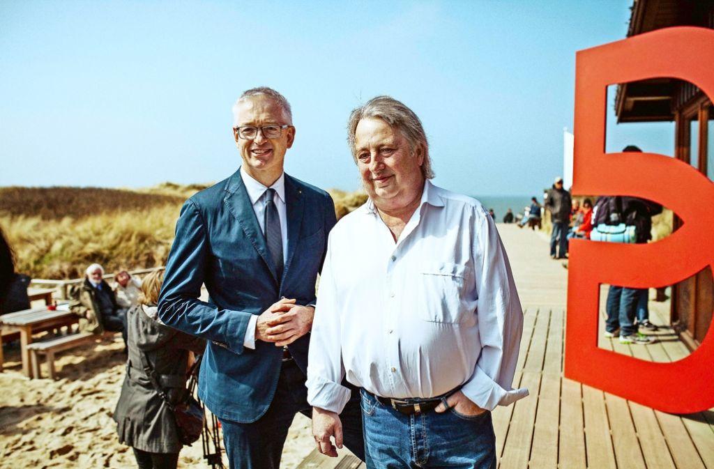 Breuninger-Chef Oergel und Sansibar-Gründer Seckler im Restaurant auf  Sylt Foto: Breuninger Foto: