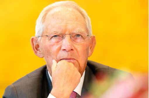 Schäuble will weniger Transparenz – NGOs protestieren