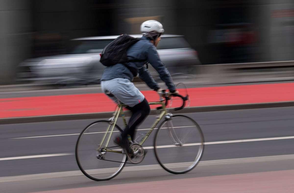 Die Unfallforschung empfiehlt  die Öffnung von Einbahnstraßen für Radler. Foto: dpa/Monika Skolimowska