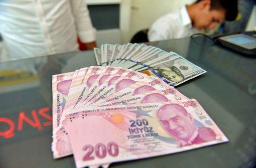 Türkische Währung stürzt ins Bodenlose