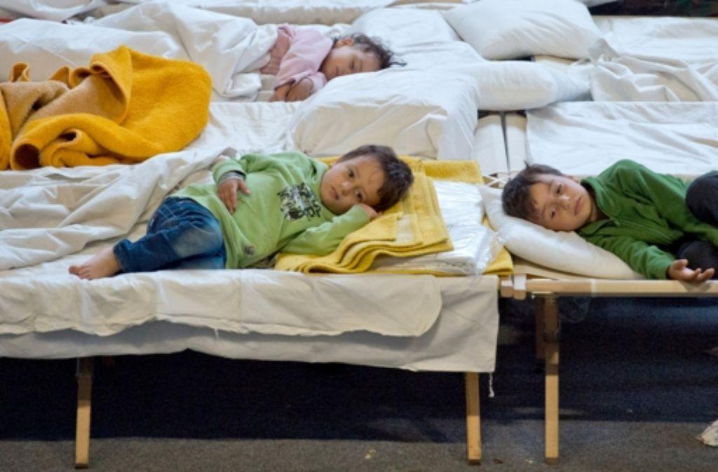 Um den steigenden Flüchtlingszahlen in Deutschland zu begegnen, wurde auf  dem Flüchtlingsgipfel ein Maßnahmenpaket beschlossen. Foto: dpa
