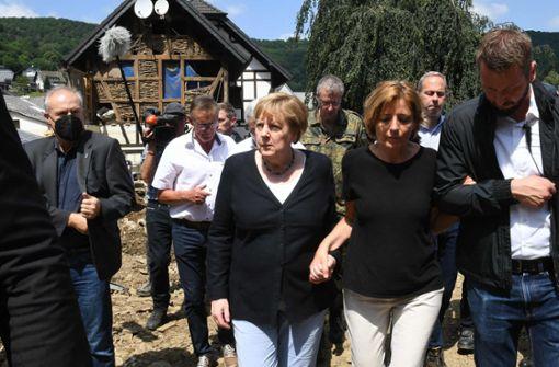 Merkel besucht erneut Katastrophengebiete