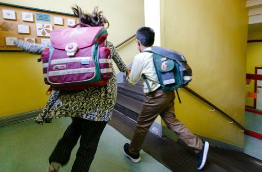 Lehrerverband: Schüler mit schlechten Noten sollen Klasse wiederholen