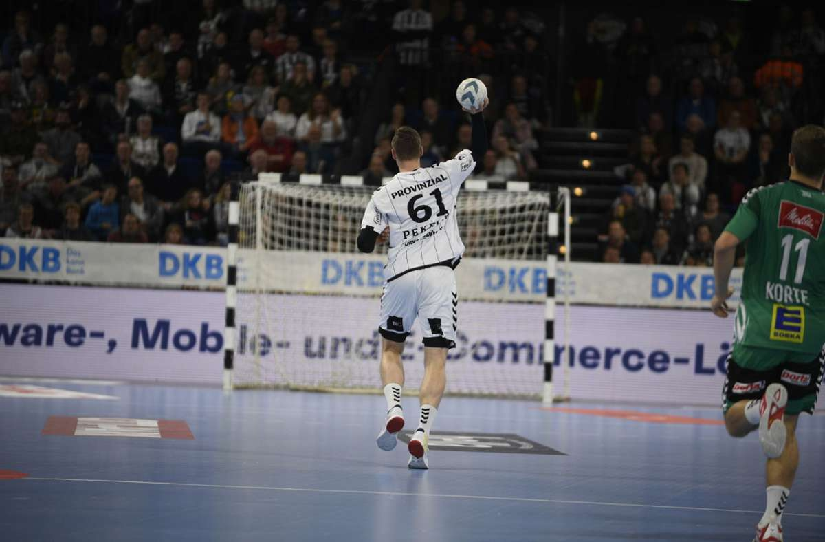 Handball-Trainern ist die taktische Variante und das leere Tor ein Dorn im Auge. Foto: imago images/Holsteinoffice//Jörg Lühn