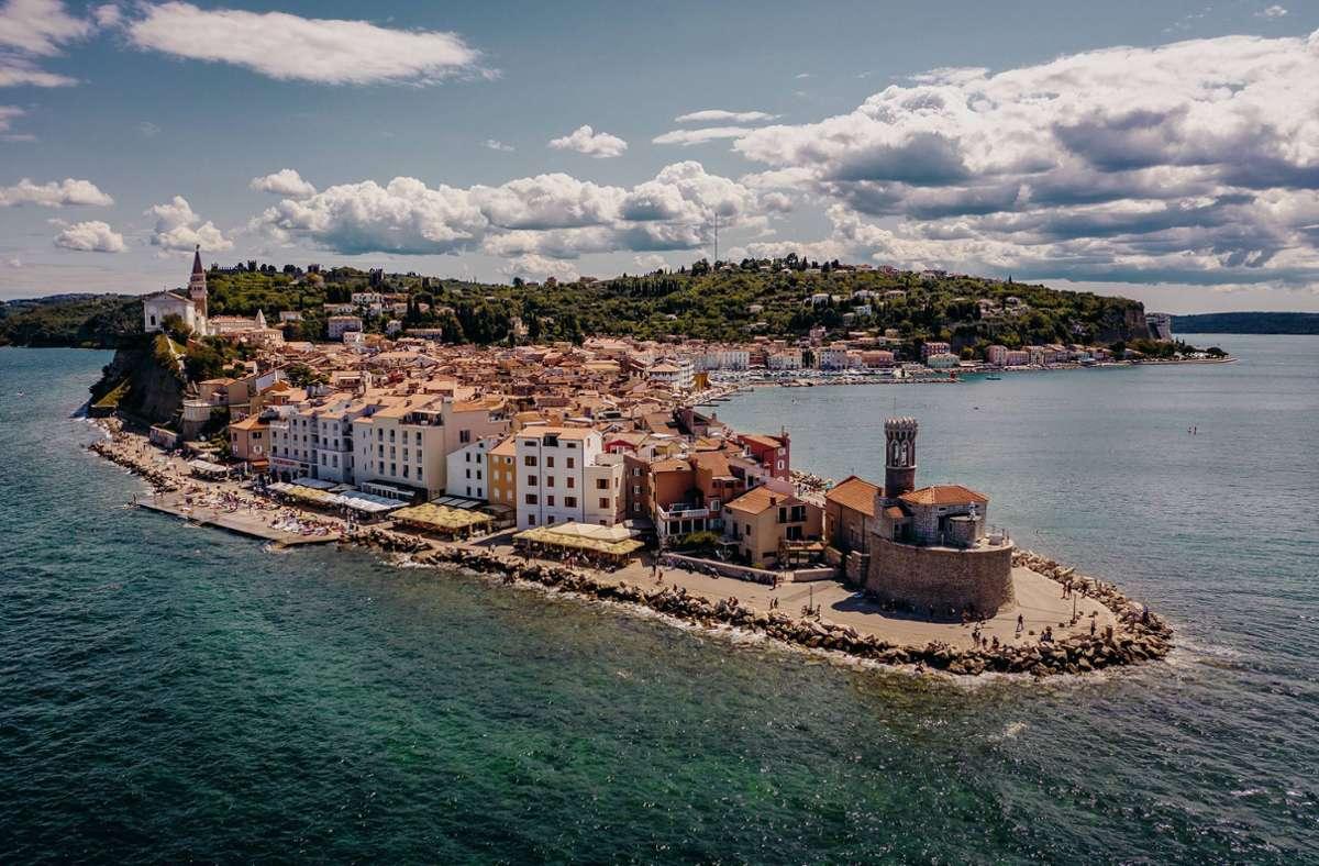 Die slowenische Adriaküste ist gerade im Sommer bei vielen Urlaubern beliebt. Foto: imago images / Eibner Europa/EIBNER/EXPA/Juergen_Feichter