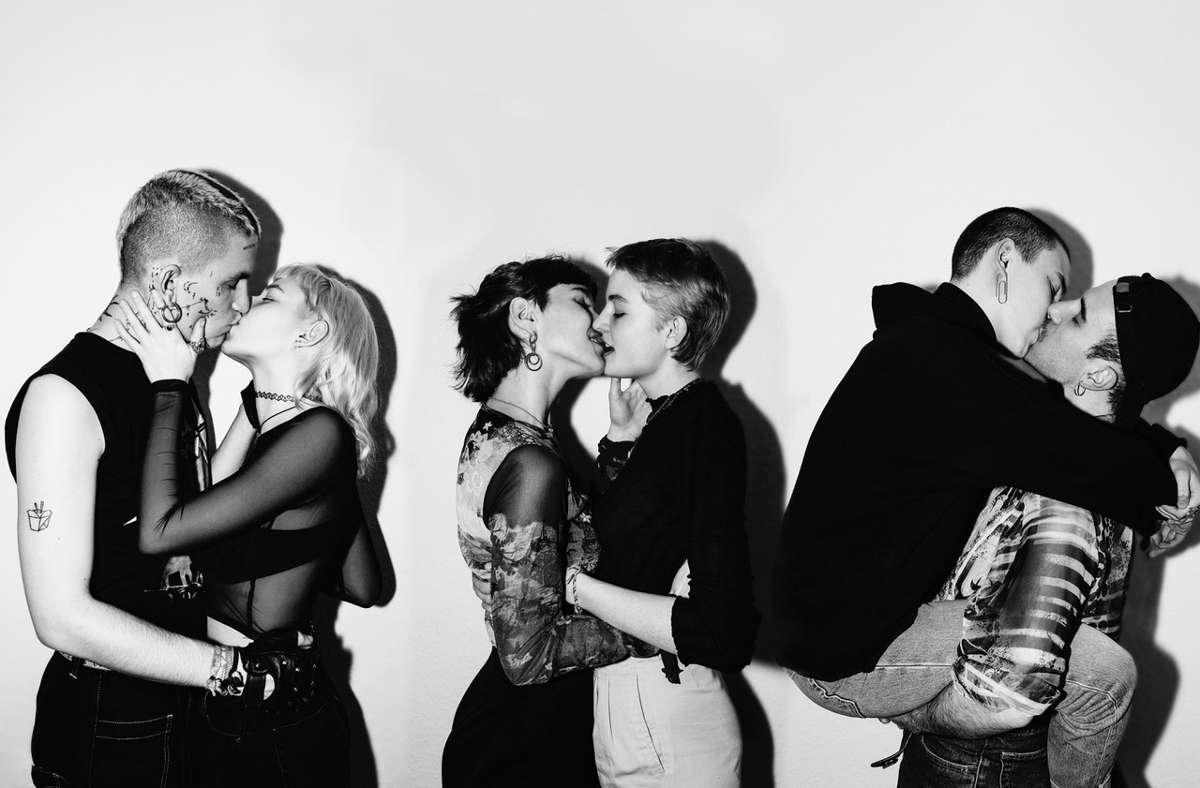 Knutschen in Zeiten von Corona: Fotograf Alwin Maigler startet das Fotoprojekt Kuss isch Kuss.  Foto: Alwin Maigler