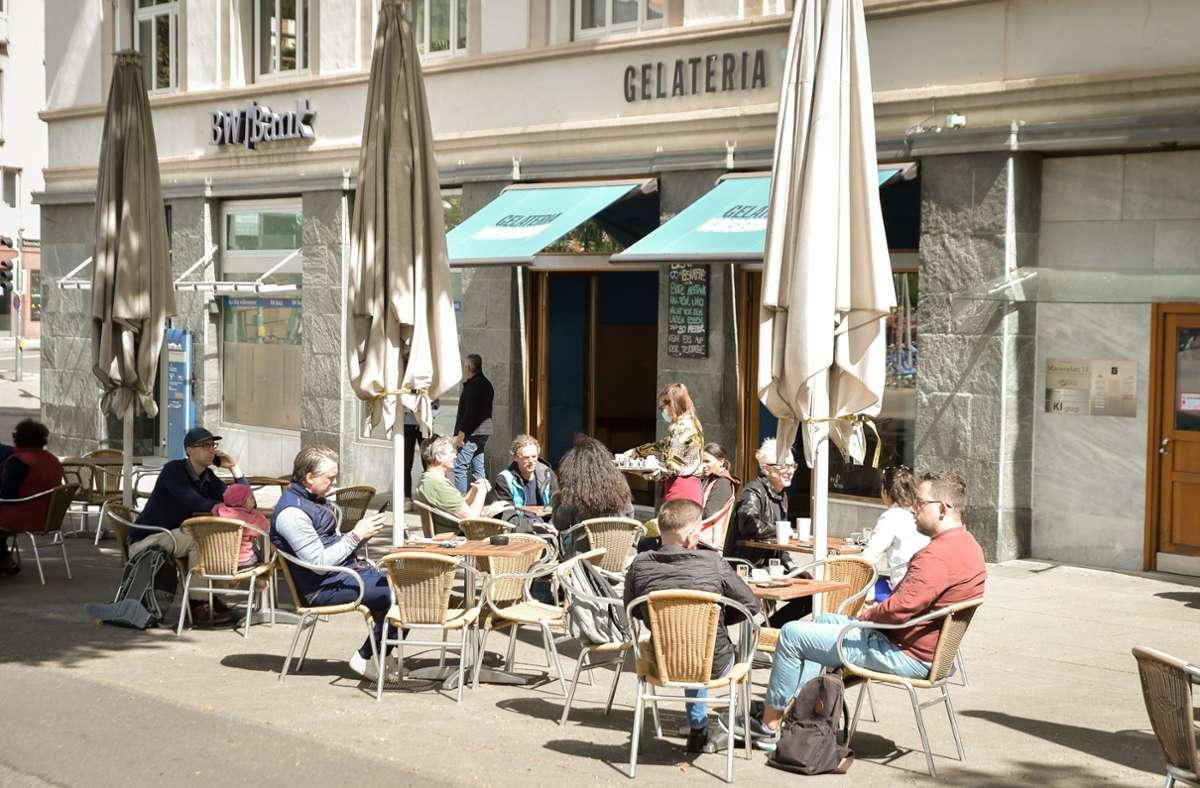 """Das """"normale"""" Leben, wie hier am Marienplatz, muss weiterhin pausieren. Foto: Lichtgut/Ferdinando Iannone"""