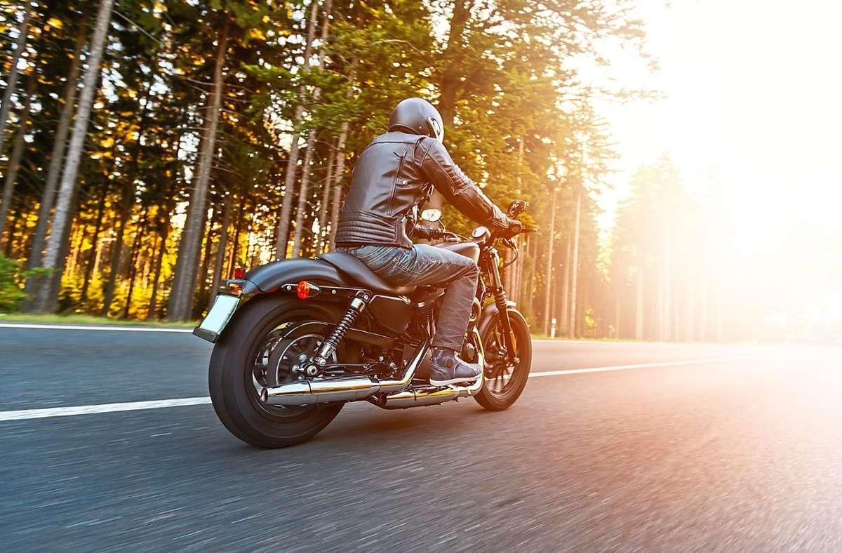 Die Schwarzwaldhochstraße ist bei Motorradfahrern eine beliebte Strecke. (Symbolfoto) Foto: © Jag_cz/Fotolia.com