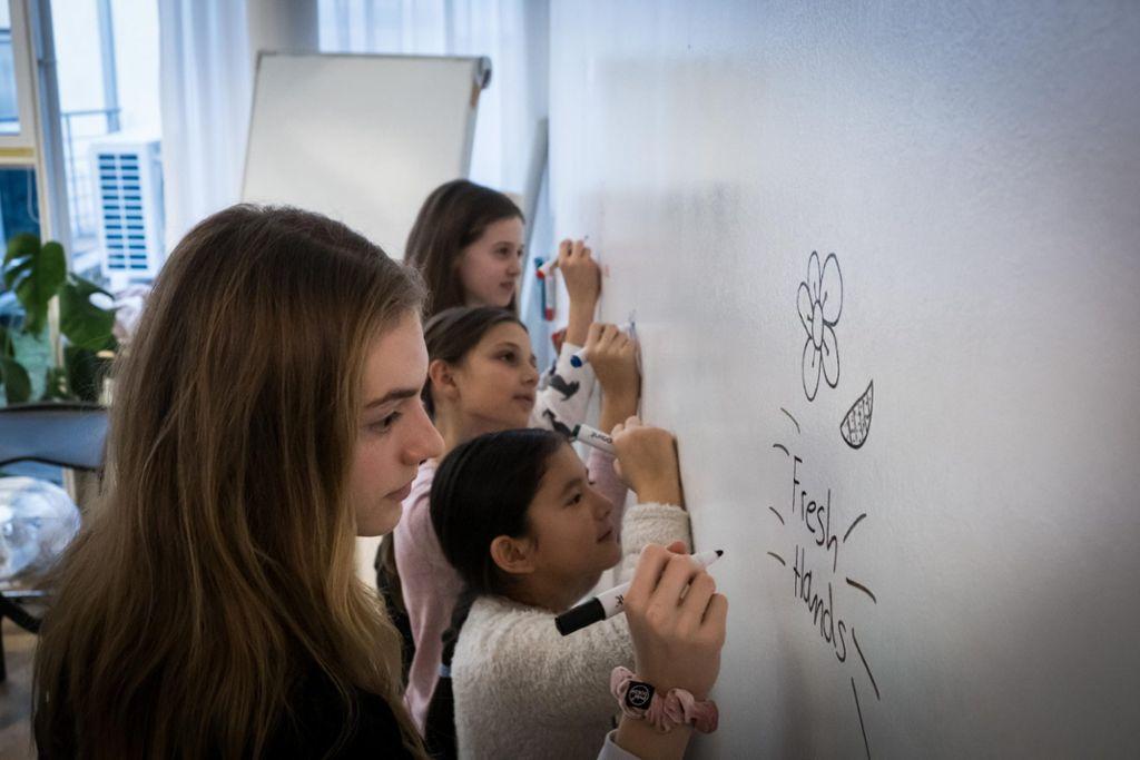 Nachwuchsstudenten beim Besuch der Stuttgarter Werbeagentur Oddity. Foto: Lichtgut/Achim Zweygarth
