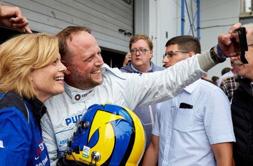 Rapper rast mit Ministerin über den Nürburgring