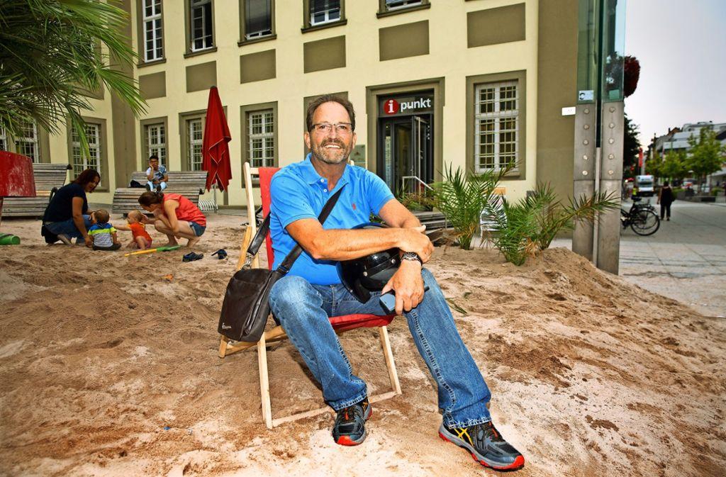 Ohne Uniform, ohne dienstliche Verpflichtung: Rudolf Bauer genießt seinen Ruhestand. Foto: Horst Rudel