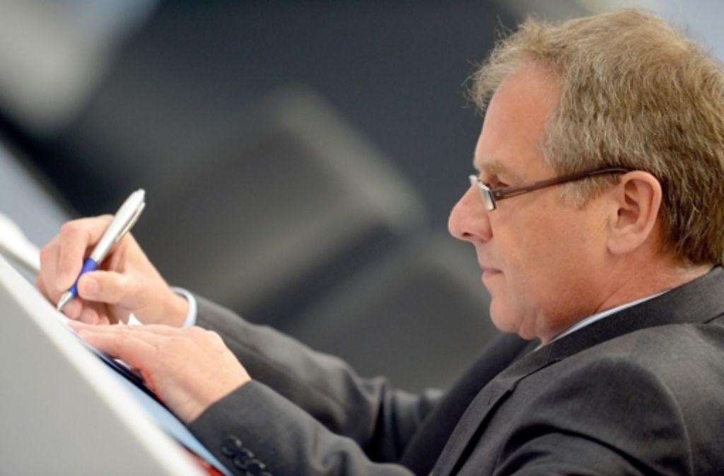Es vergeht  noch Zeit, bis Innenminister Gall das Gesetz formuliert hat. Foto: dpa