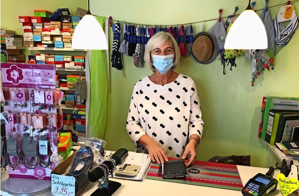 Etliche Stammkunden hatte  Elisabeth Walter-Warschat in ihrem Laden Kleiner Auftritt. Foto: Julia Bosch