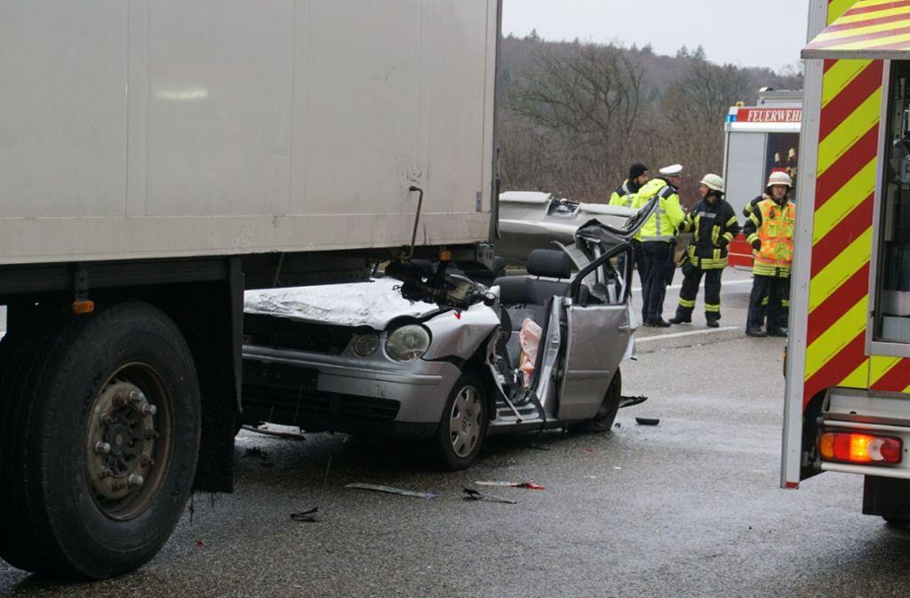 Der Unfall ereignete sich auf der A8  bei Pforzheim. Foto: SDMG/Gress