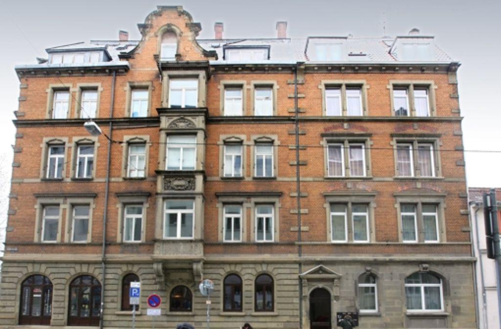 In dieses Gebäude in der Katharinenstraße 1 soll die Caritas im Sommer ziehen. Foto: Achim Zweygarth