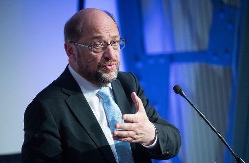 Schulz' Quote für E-Autos stößt auf Skepsis