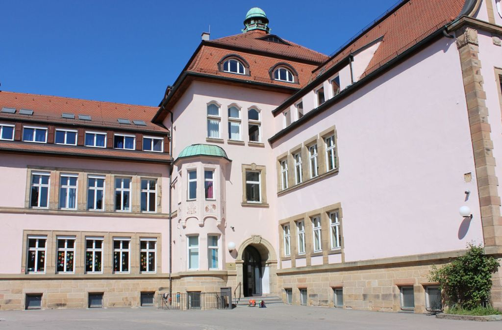 Die Rosenschule wird ab September Ganztagsschule. An der Markgröninger Straße wird deshalb noch eine Mensa gebaut. Foto: Torsten Ströbele