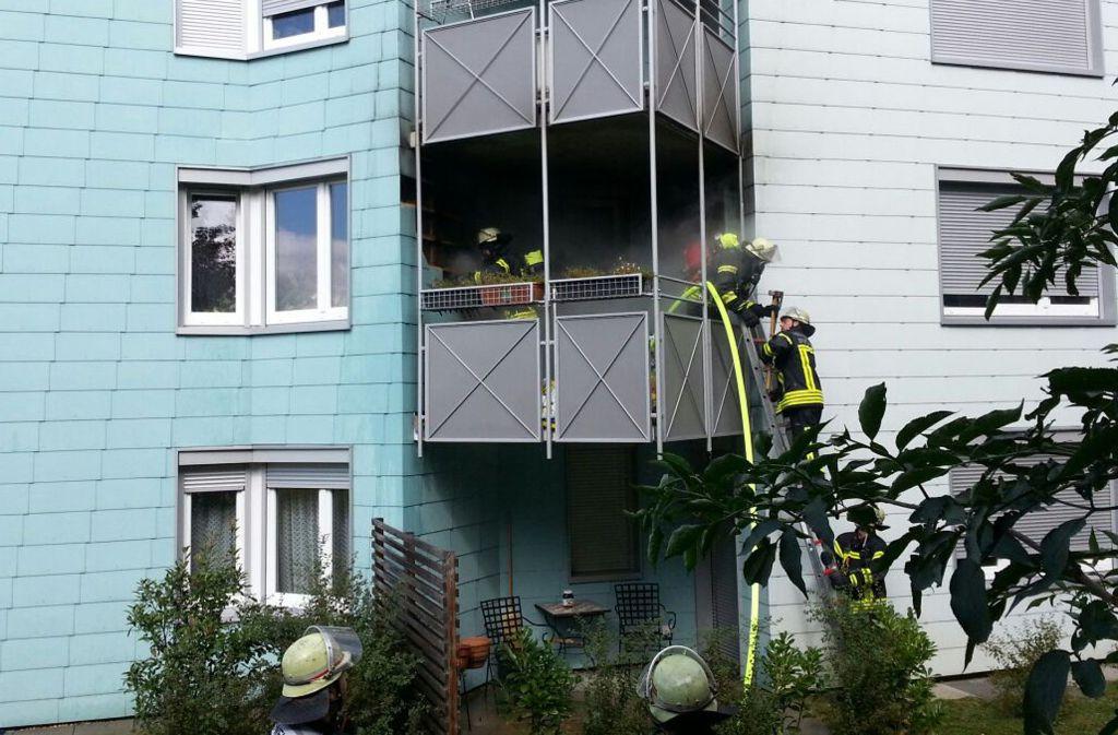Am Dienstagnachmittag hat es in Stuttgart-Neugereut gebrannt. Foto: Andreas Rosar Fotoagentur-Stuttgart