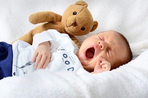 Eine Versicherung wird zur Geburtshelferin