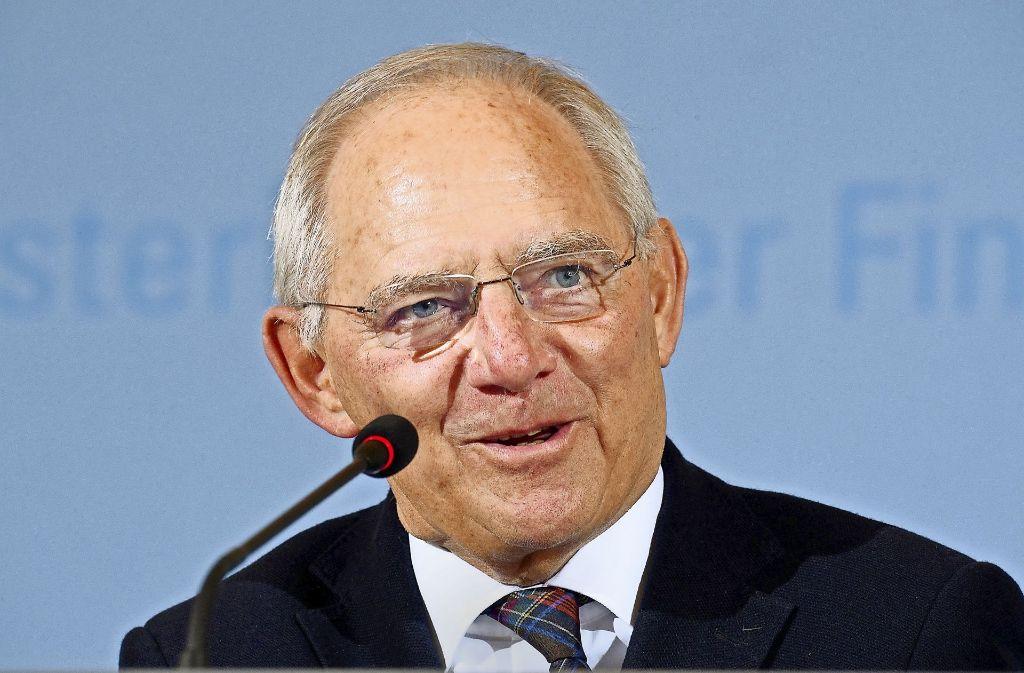 Bundesfinanzminister Wolfgang Schäuble hat gute Nachrichten zu verkünden Foto: dpa