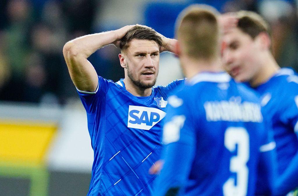Die TSG Hoffenheim ist seit vier Partien sieglos und verliert so den Anschluss an die Spitzengruppe der Tabelle. Foto: dpa/Uwe Anspach