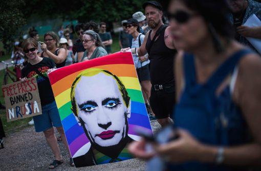 Menschenrechtler protestieren in Helsinki