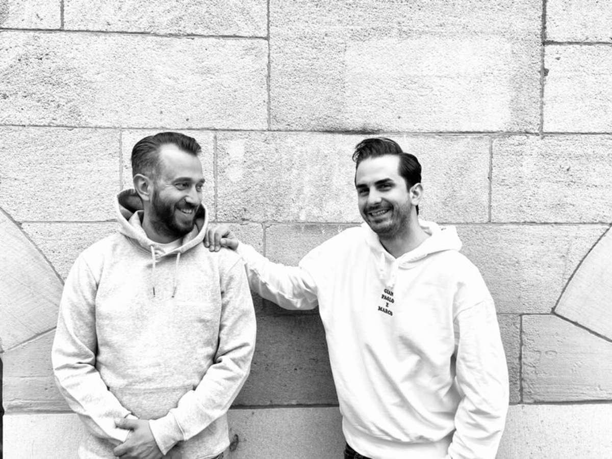 Paul Benjamin Scheibe von der Tatti Café Bar und Serkan Eren von der Hilfsorganisation Stelp. Foto: Tatti Café Bar