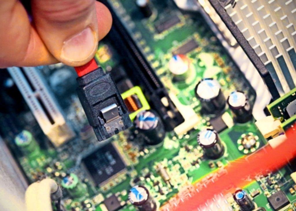 Wer seinen Wunsch-Computer selbst zusammenbauen will, sollte sich gut auskennen, welche Komponenten zusammenpassen. Foto: dpa