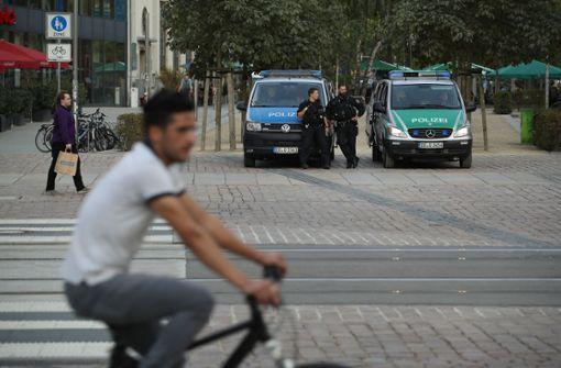Politiker soll Haftbefehl lanciert haben - ruhige Nacht in Chemnitz