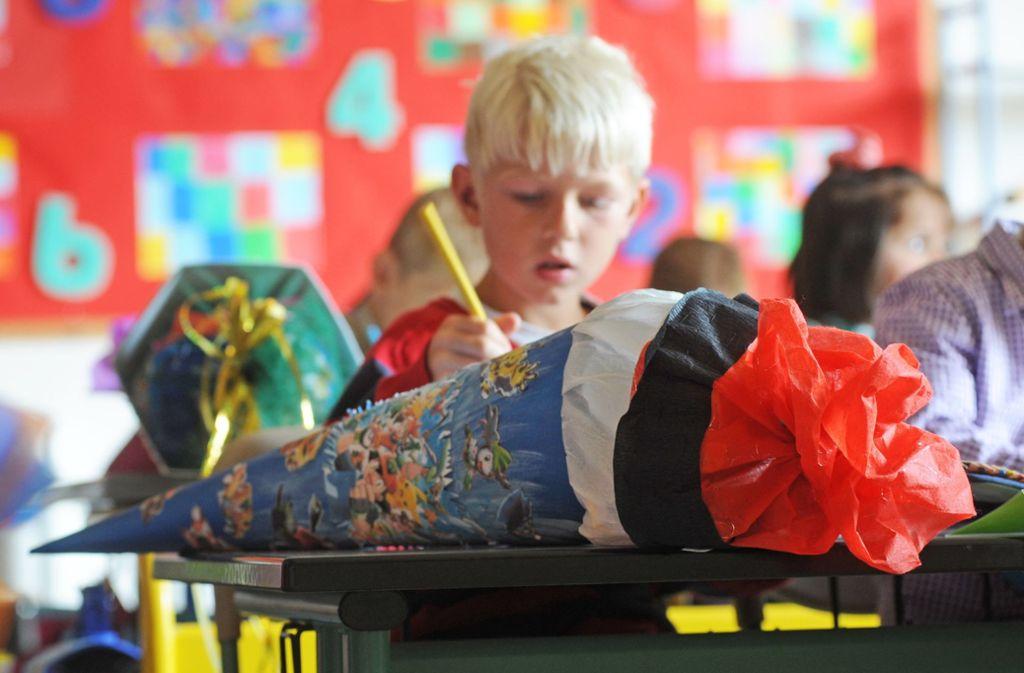 Die Schultüte gehört zum ersten Schultag einfach dazu. Foto: dpa