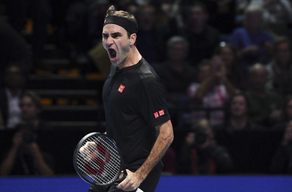 Roger Federer hat bei den ATP Finals in London gegen Novak Djokovic gewonnen. Foto: AP/Alberto Pezzali