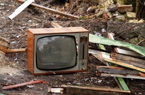 Fenster Bad Cannstatt :  wirft Fernseher aus dem Fenster  Stadtbezirke  Stuttgarter Zeitung
