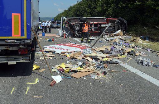 Mehrere Verletzte nach schweren LKW-Unfällen