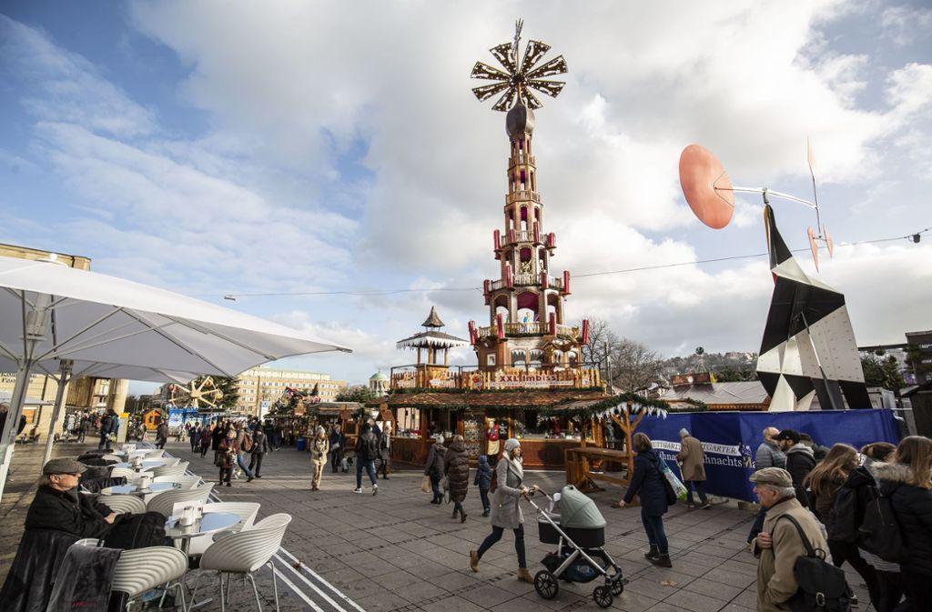 Erstmals dabei beim Stuttgart Weihnachtsmarkt war die Krippenpyramide. Foto: Lichtgut/Leif Piechowski