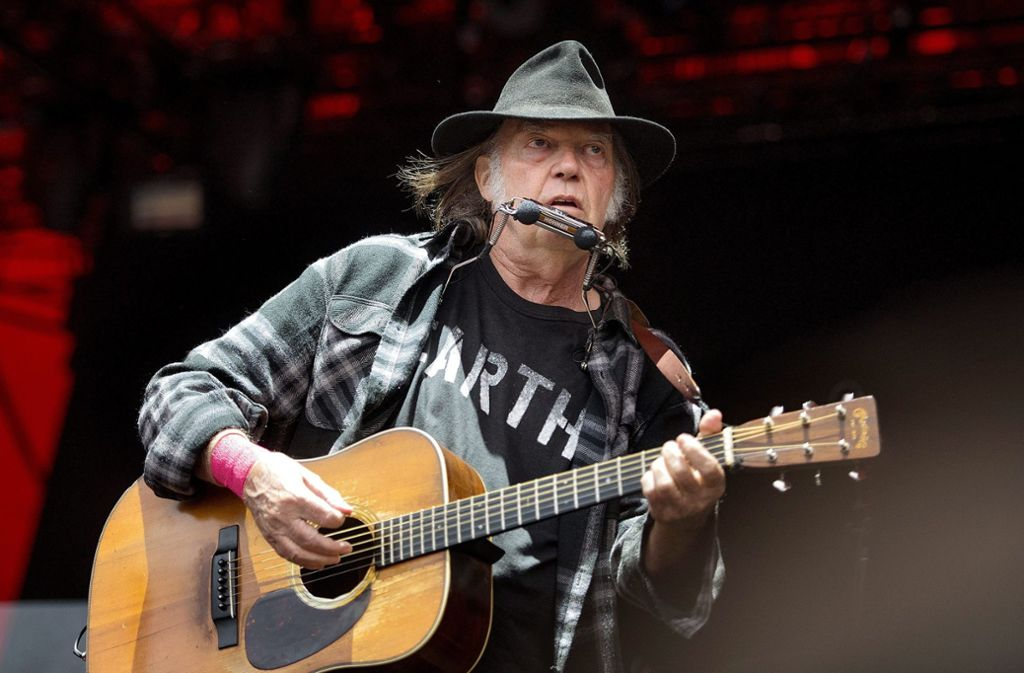 Hut ab: Neil Young weiß noch immer, wie man gute Alben macht. Foto: dpa/Nils Meilvang