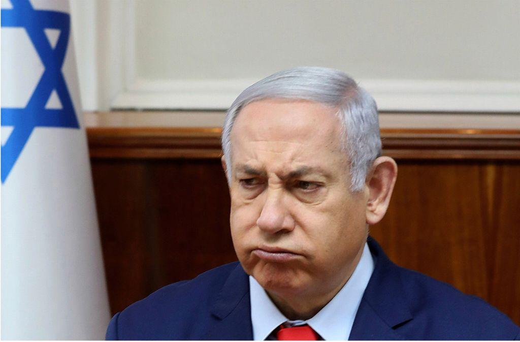 Ministerpräsident Netanjahu soll nun wegenBetrugs und Untreue sowie Bestechlichkeit angeklagt werden. Foto: dpa/Gali Tibbon