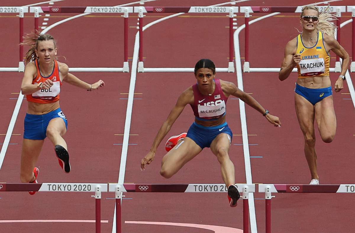 Die Amerikanerin Sydney McLaughlin ist in Weltrekordzeit zu Olympia-Gold über die 400 Meter Hürden gelaufen. Foto: AFP/GIUSEPPE CACACE