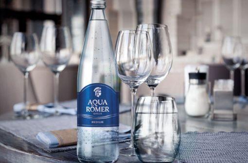 Aqua Römer Quelle ist der kultivierte Durstlöscher für gesundheitsbewusste Genießer.