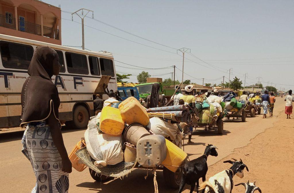 Flüchtlingstreck auf den Straßen von Kongoussi Foto: Welthungerhilfe